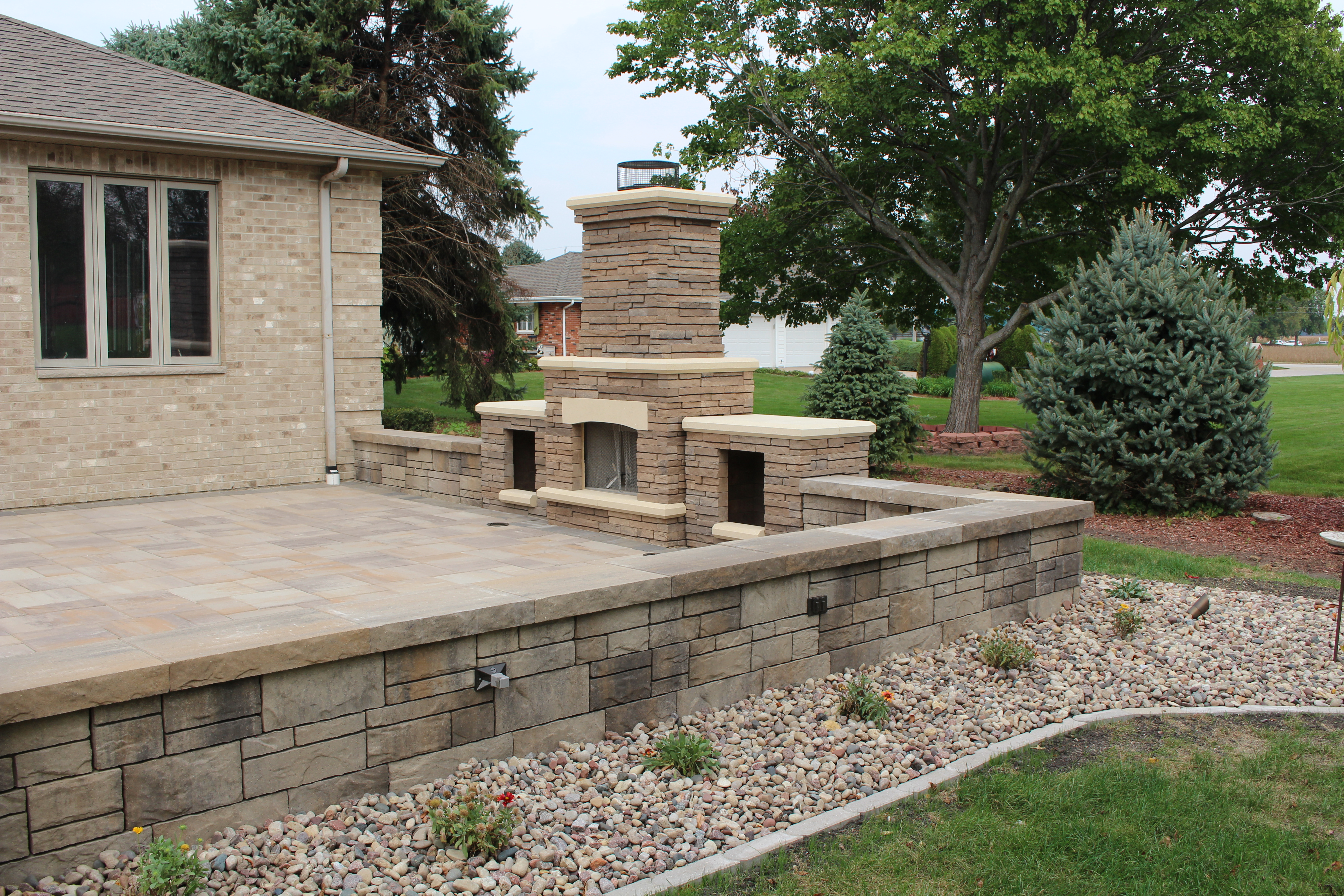 fireplace and grill celtic landscaping