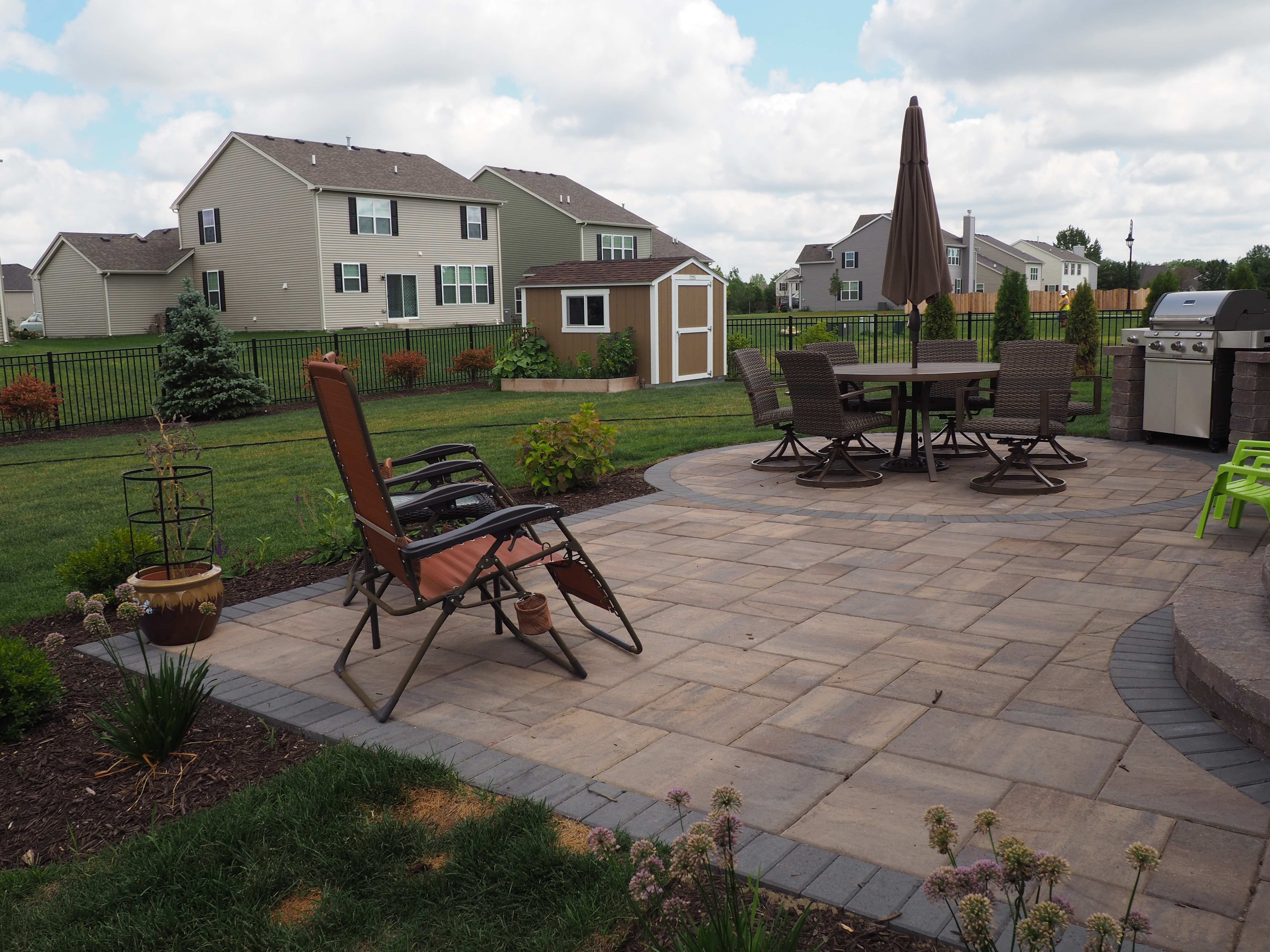 patio and grill celtic landscaping